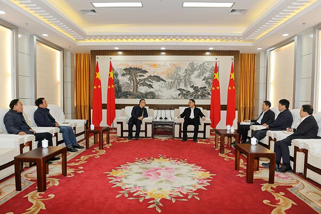 刘伟会见山东交通学院威海校区党委书记李贞涛